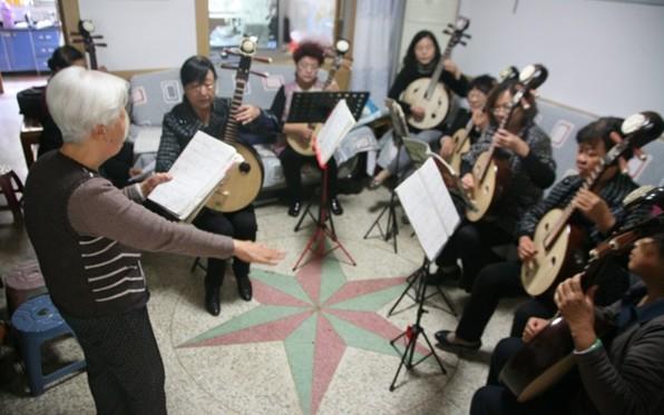 中阮流行歌曲谱