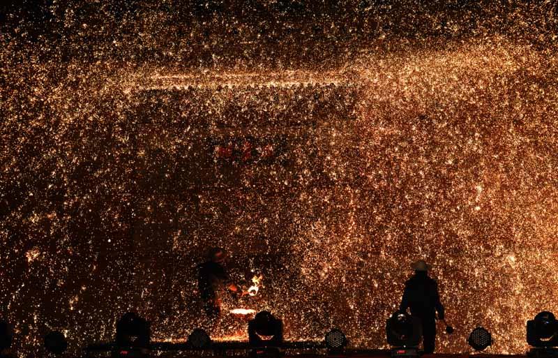 品锅子看打美食山西广灵烹制元宵节文化树花美食土盛宴腾冲图片