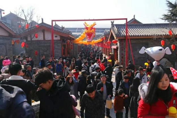 春节开门红 司徒小镇喜迎12万游客