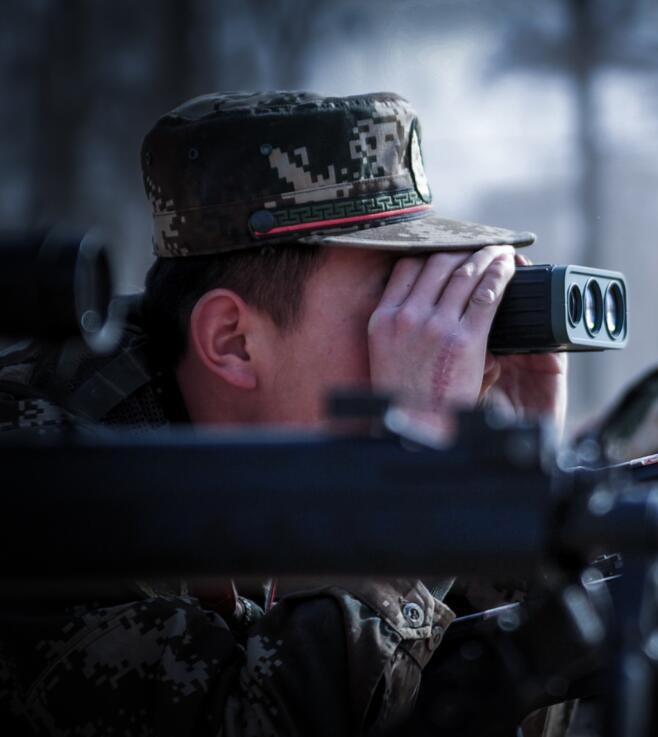 武警狙击手实战锻炼掠影
