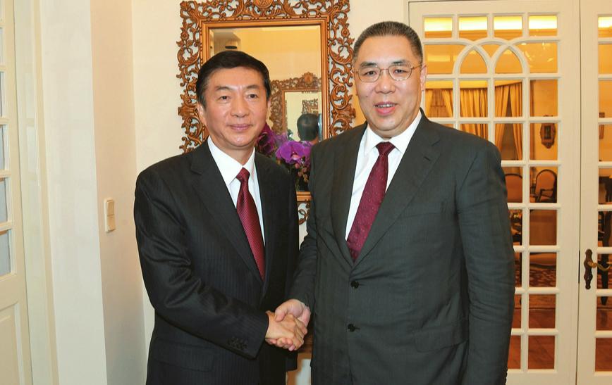 骆惠宁率山西代表团访问澳门