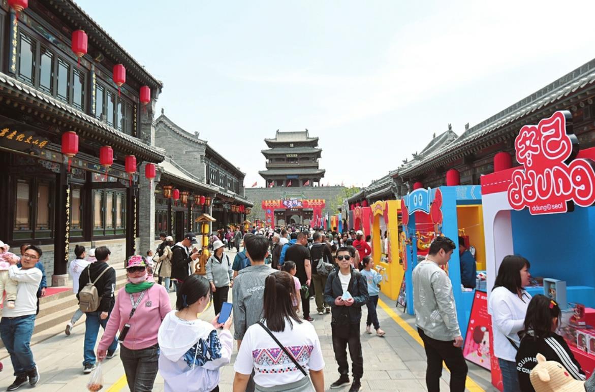 太原古县城开城迎来宾